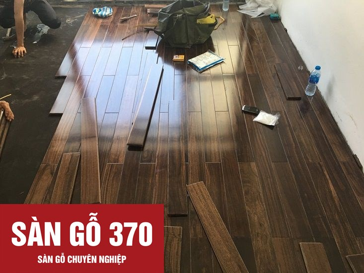 thi công sàn gỗ chiu liu tại công trình