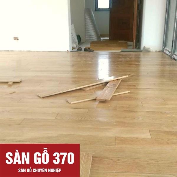 thi công lắp đặt sàn gỗ sồi trắng tự nhiên