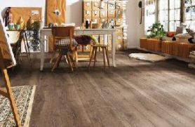 Có nên lát sàn gỗ công nghiệp cho phòng bếp